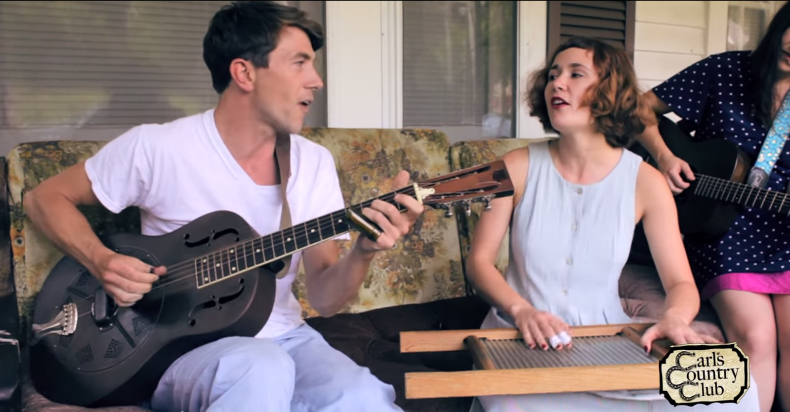 "Luke Winslow-King and Esther Rose perform ""The Comin' Tide"""