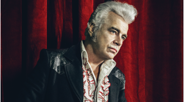 Dale Watson  supports his trucking habit by playing music (Ep256)